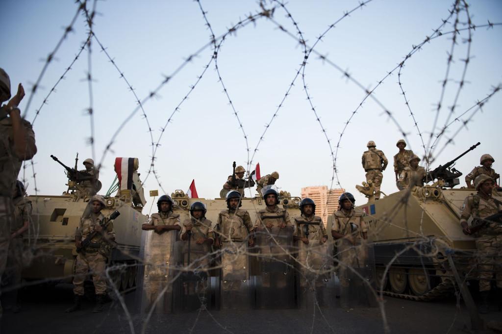 Heinäkuun alussa Egyptissä kuohui jälleen, kun vuoden 2011 vallankumouksen jälkeen valittu presidentti Mohammed Mursi syrjäytettiin vallasta. Sekasorto valtasi jälleen Kairon kadut. Kuva: Konsta Leppänen