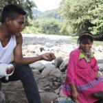 ◼Aristobulo ja Esilda Tequía hakevat apua, koska sota ja kaivosvaltaukset tekevät elämän mahdottomaksi Alto Andaguedan ylänköjen embera-katio-intiaaneille.