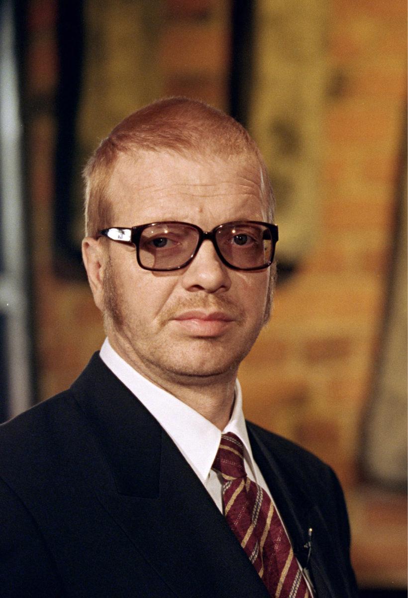 """◼""""Pena sen keksi"""", perusteli pääministeri Jermu hallituksen päätöksiä Kummelissa 1999."""