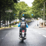 ◼São Paulossa asuvaa äitiä  huolettaa Fortunaton ajotyö,  mutta Helsingin liikenteen  näkeminen saattaisi rauhoittaa.