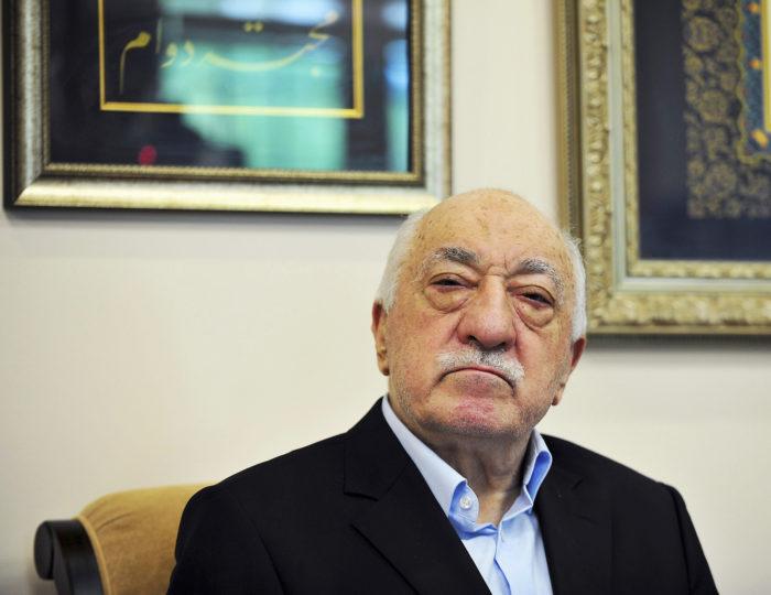 ◼Fethullah Gülen vakuuttaa,  ettei hänellä ollut mitään  osuutta Turkissa tapahtuneessa  vallankaappausyrityksessä.