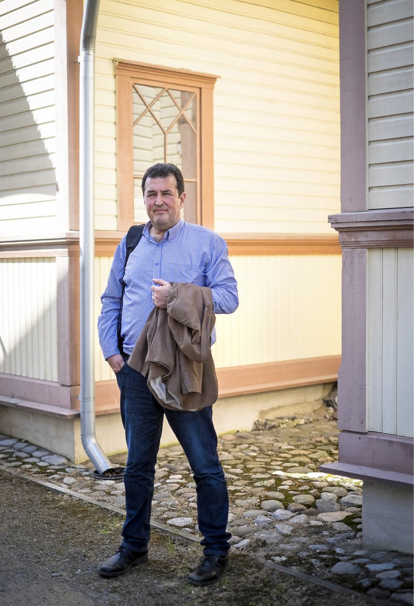 ◼Suomalais-yhdysvaltalais-argentiinalainen Enrique Tessieri asuu Mikkelissä, josta hänen  äitinsä ja vaimonsa ovat  kotoisin.