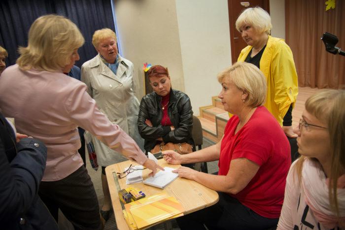 ◼Kansanedustaja Irina Peteljaevan vaalitilaisuus  Kontupohjassa.