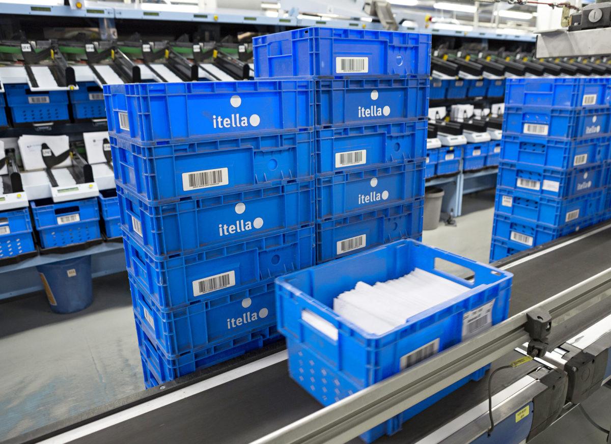 ◼Helsingin  Postikeskuksen kautta kulkee  noin 3 miljoonaa kirjettä päivittäin.