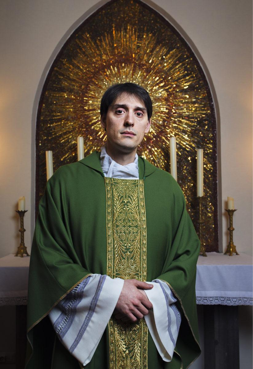 ◼Isä Marco saattaa pitää sunnuntaisin jopa kolme messua Lallin surmaaman Henrikin mukaan nimetyssä Pyhän Henrikin katedraalissa.