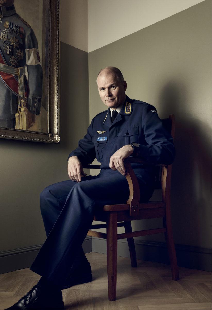 ◼Puolustusvoimien komentaja,  kenraali Jarmo Lindberg pääesikunnassa 14. maaliskuuta.