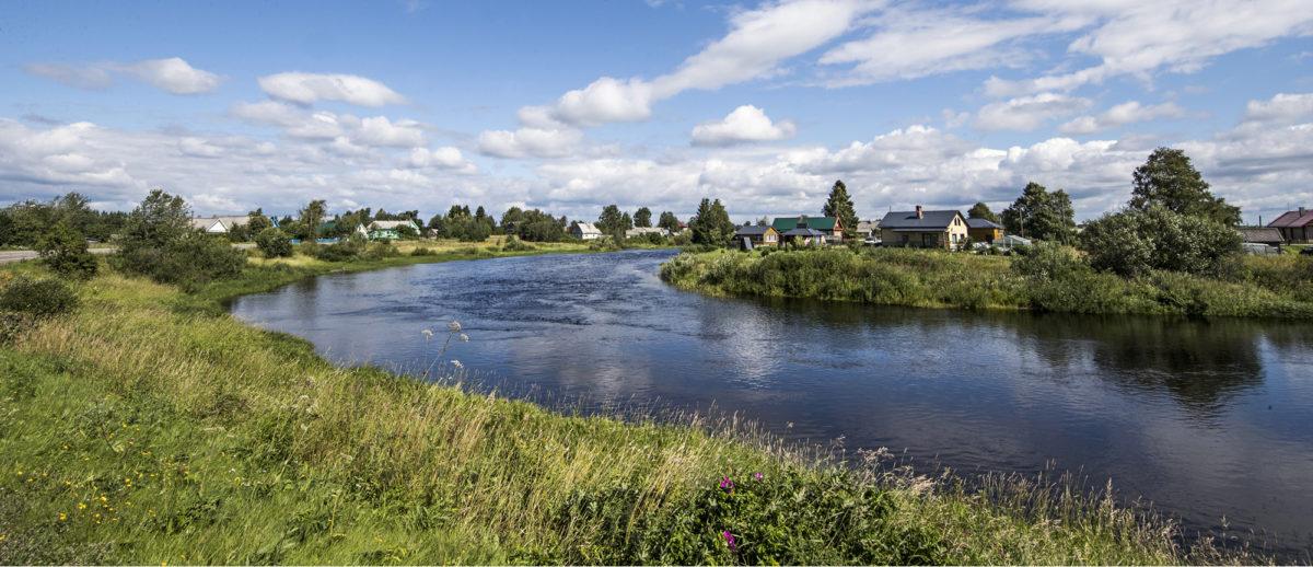 ◼Karjalaista maisemaa Aunusjoen varressa. Suomalaisten rakentama Säteen kolhoosi sijaitsi aikoinaan parin kilomerin päässä.