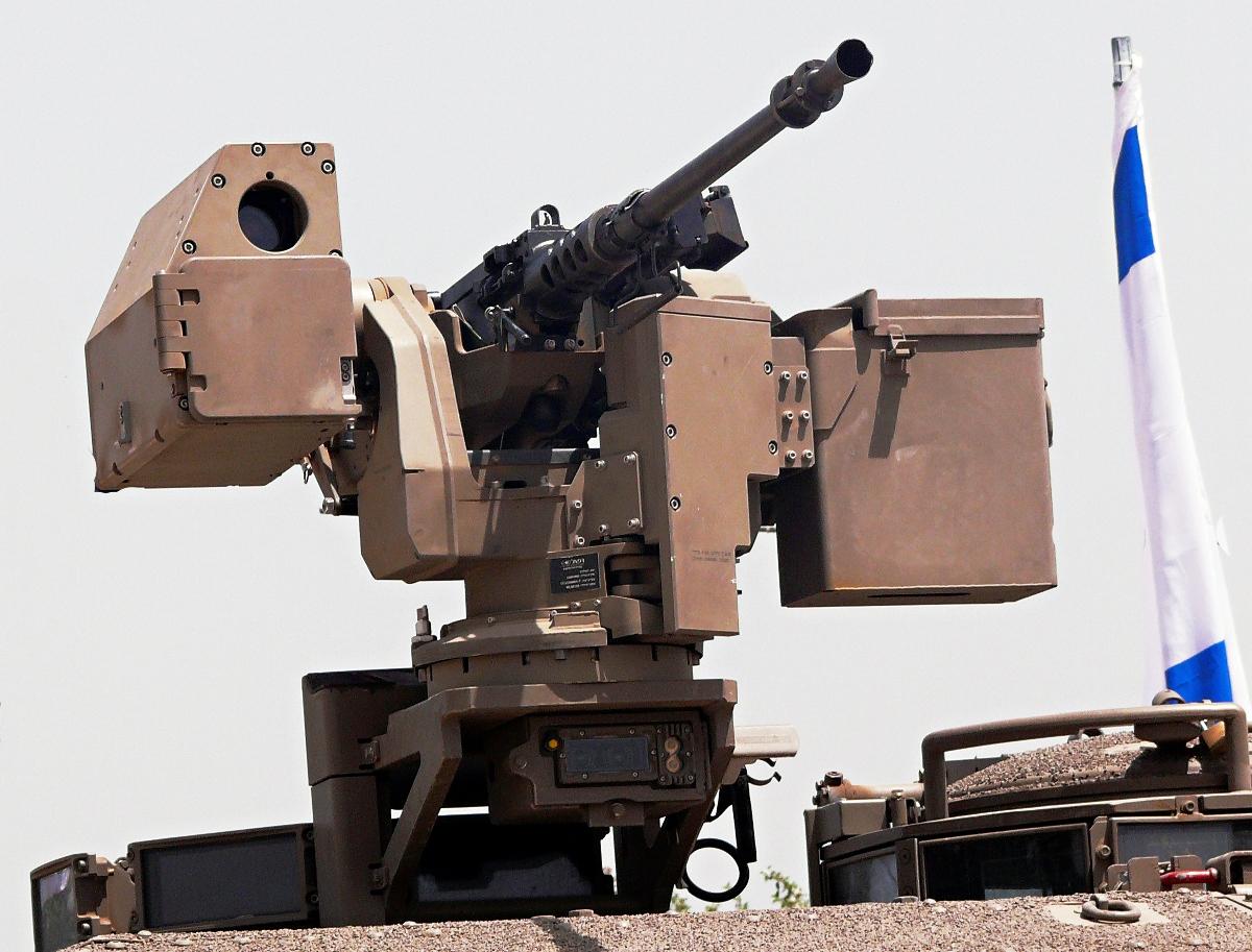 Israelilla on kauko-ohjattuja robottiaseita Gazan-rajallaan. Kuva Zachi Evenor.