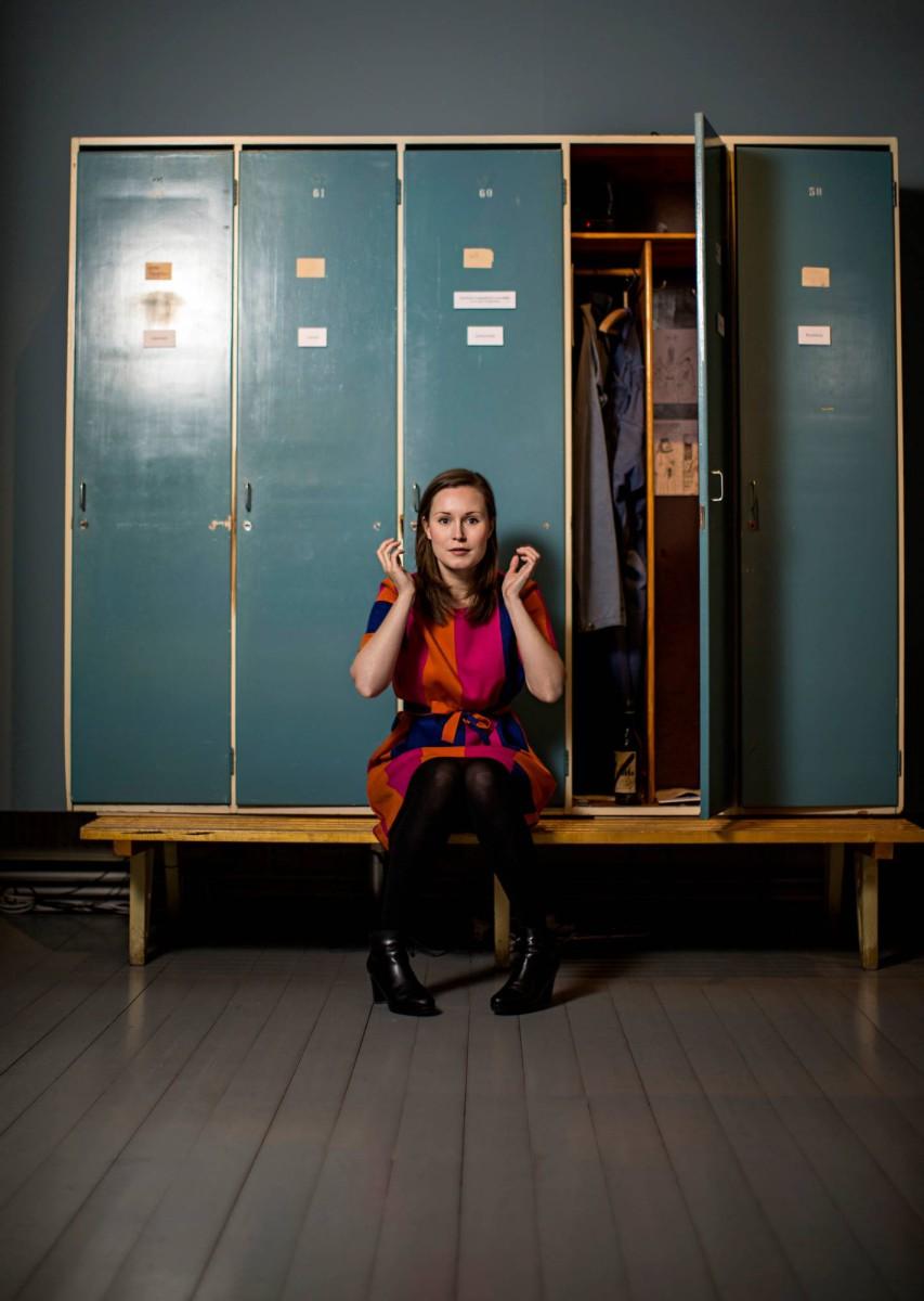 Sanna Marin ja Finlaysonin työntekijöiden museoidut pukukopit Työväenmuseo Werstaassa Tampereella loppuvuodesta 2014.