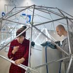 Näyttelylle muodostuu elämänkaari, joka dokumentoituu myös näyttelyn verkkosivulle www.whatamesh.info.