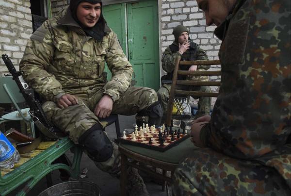 Azovin pataljoonan vapaaehtoisia Itä-Ukrainassa.