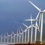 Tanskalainen tuulivoimayhtiö rakensi 16 jättimäistä myllyä Banguihin Filippiineille vuonna 2005.