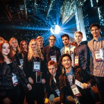 Slush for Youth -tapahtuman osallistujia Helsingin Messukeskuksessa 12. marraskuuta 2015.