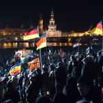 Pegidan kannattajat osoittivat mieltään liittokansleri Angela Merkelin liberaalia maahanmuuttopolitiikkaa vastaan Dresdenissä 21. joulukuuta.