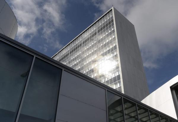 Meilahden tornisairaala on yksi Helsingin maamerkkejä.