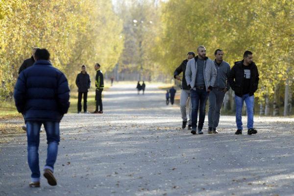 Irakilaisia turvapaikanhakijoita Lahdessa.