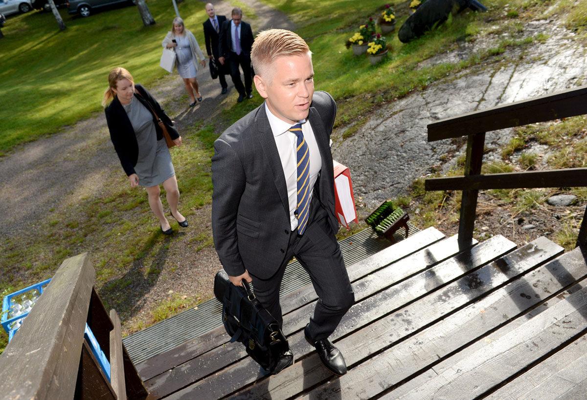 Valtiovarainministeri Petteri Orpon (kok) erityisavustaja Joonas Turunen.