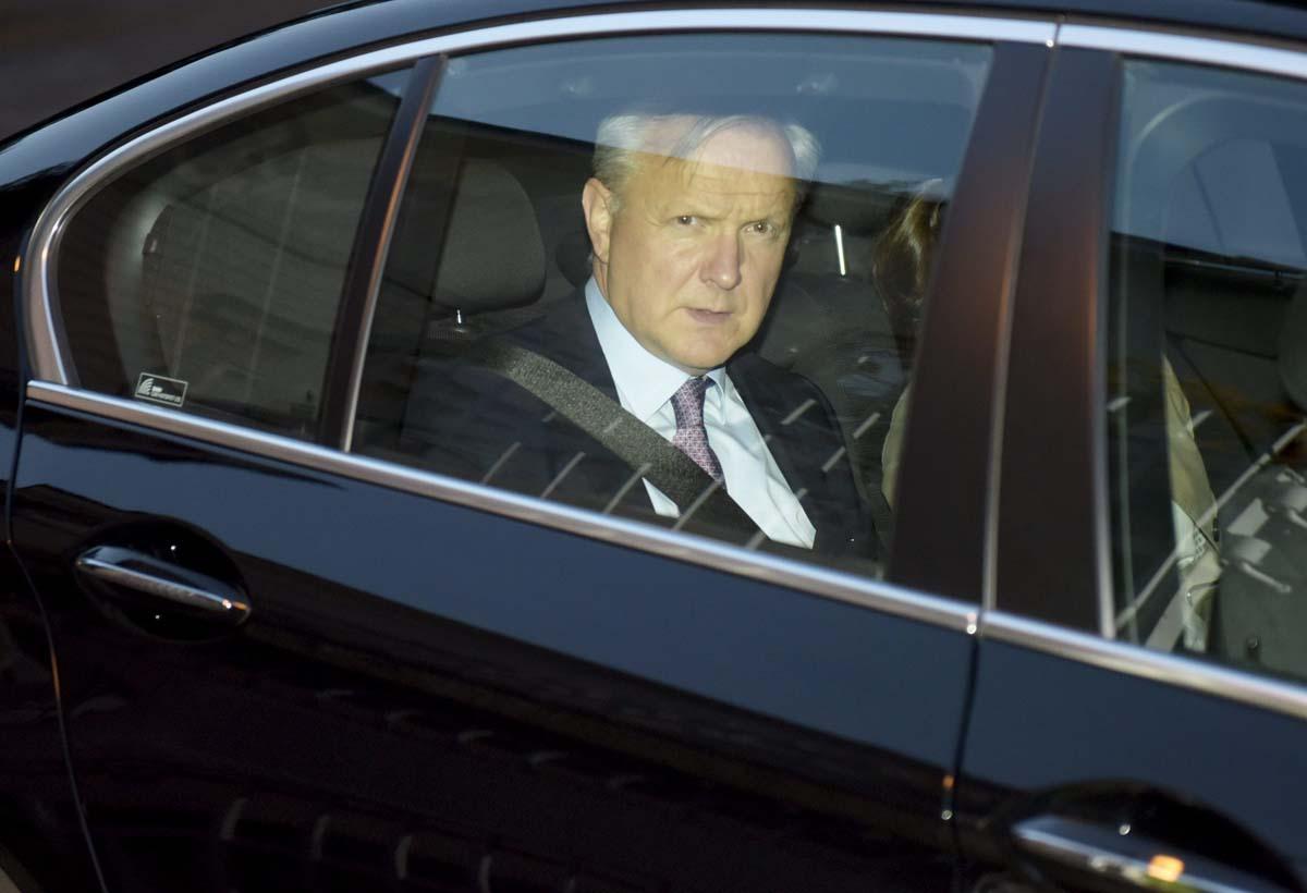 Keskustalainen elinkeinoministeri Olli Rehn.