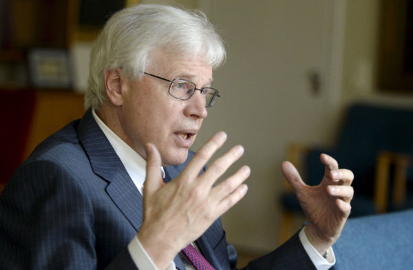 Bengt Holmström.