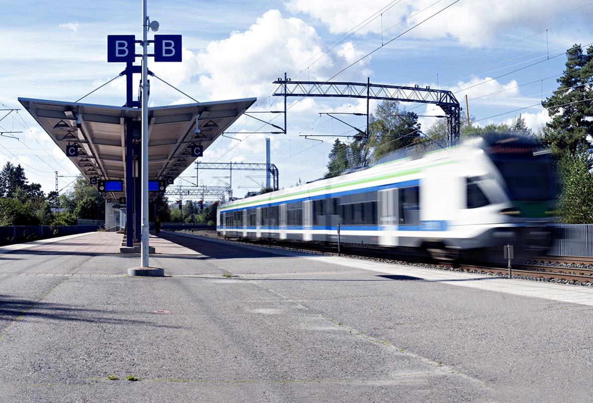 Huumausainekauppoja järjesteltiin muun muassa espoolaisella junaseisakkeella.
