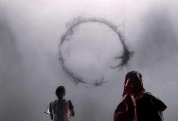 Kuvakaappaus Arrival-elokuvan trailerista.