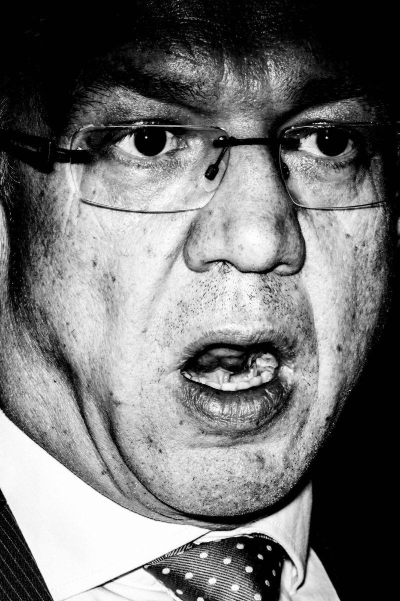 Perhe- ja peruspalveluministeri Juha Rehula tiedotti sosiaali- ja terveyspalveluiden uudistamisesta 11.9.2015.