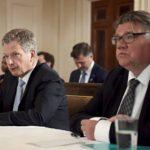 Sauli Niinistö ja Timo Soini pohjoismaisten päättäjien kokouksessa Valkoisessa talossa Yhdysvalloissa 13. toukokuuta 2016..