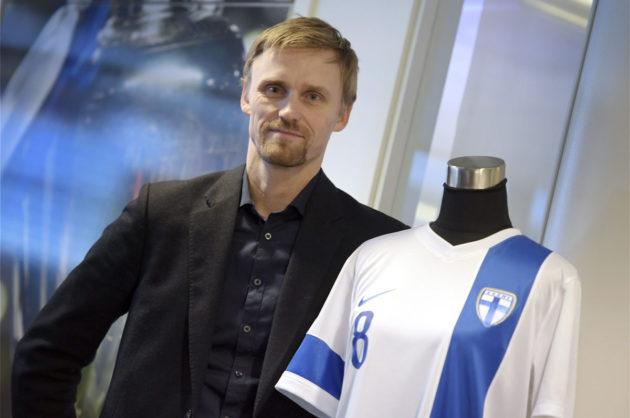 Suomen Palloliiton pelaajakehityspäällikkö Hannu Tihinen.