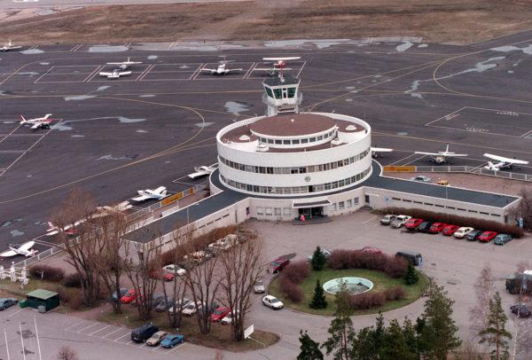 Malmin lentokentän aluetta toukokuussa 1997.