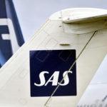 SAS:n ja Finnairin matkustajakoneita Helsinki-Vantaan lentokentällä maaliskuussa 2012.