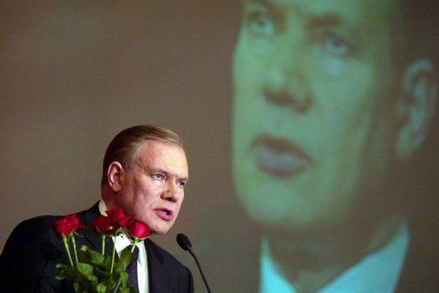 Paavo Lipponen ei ole pikapuhuja.
