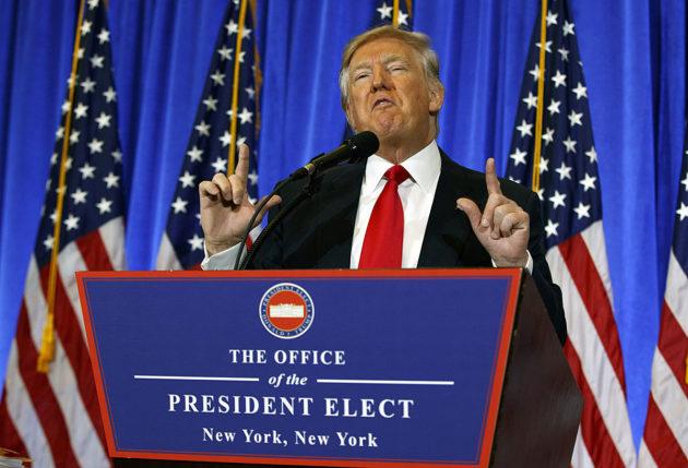 Donald Trump piti lehdistötilaisuuden Trump Towerissa New Yorkissa 11. tammikuuta 2017.