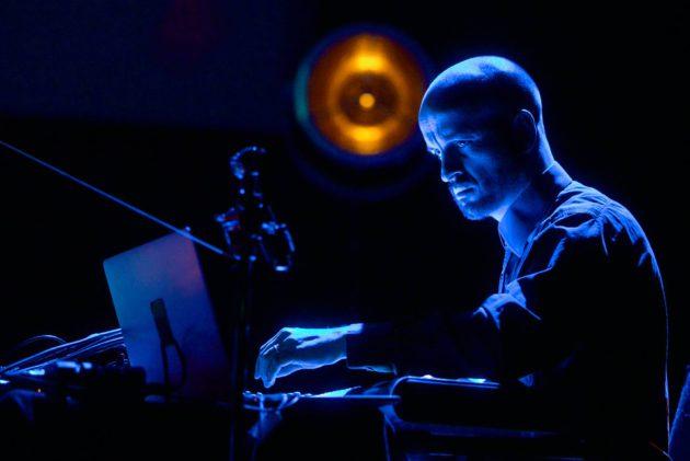 Matthew Herbert Lontoon jazzfestivaalilla 2013.