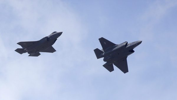 F-35-hävittäjiä Pohjois-Utahissa Yhdysvalloissa 2. syyskuunta 2015.