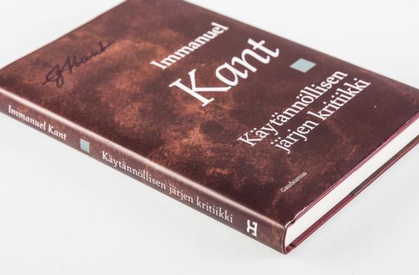 Immanuel Kant: Käytännöllisen järjen kritiikki. Suomennos ja johdanto Markus Nikkarla. 240 s. Gaudeamus, 2016.