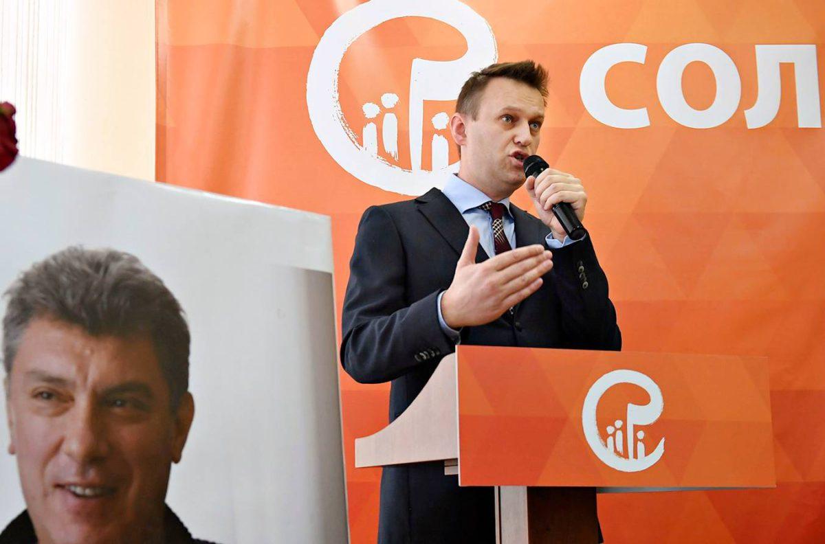 Aleksei Navalnyi puhui murhatun Boris Nemtsovin perustaman Solidarnost-liikkeen kokouksessa 12. helmikuuta 2017.