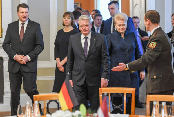Baltian ja Saksan presidentit tapasivat Riiassa Latviassa 9. helmikuuta 2017: Latvian Raimonds Vējonis (vas.), Viron Kersti Kaljulaid, Saksan Joachim Gauck ja Liettuan Dalia Grybauskaitė.