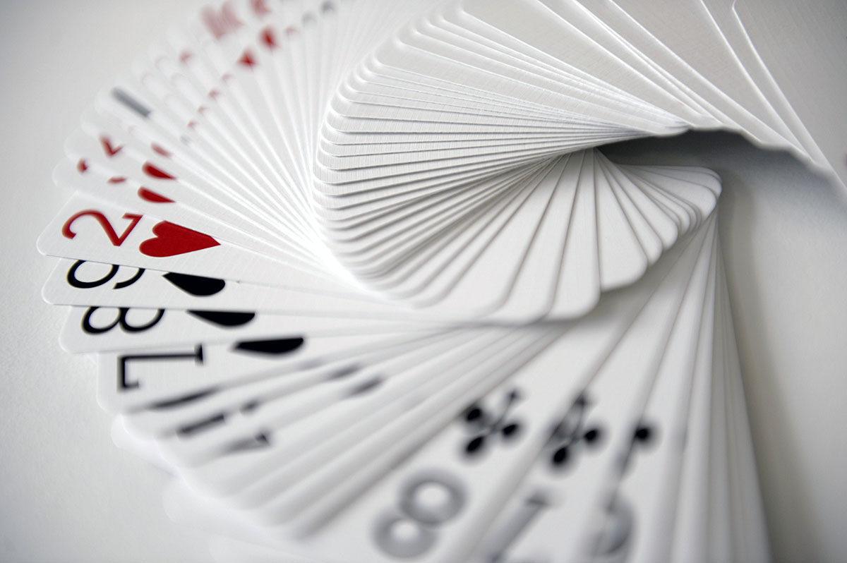 Pakan korttien järjestyksen voi oppia.