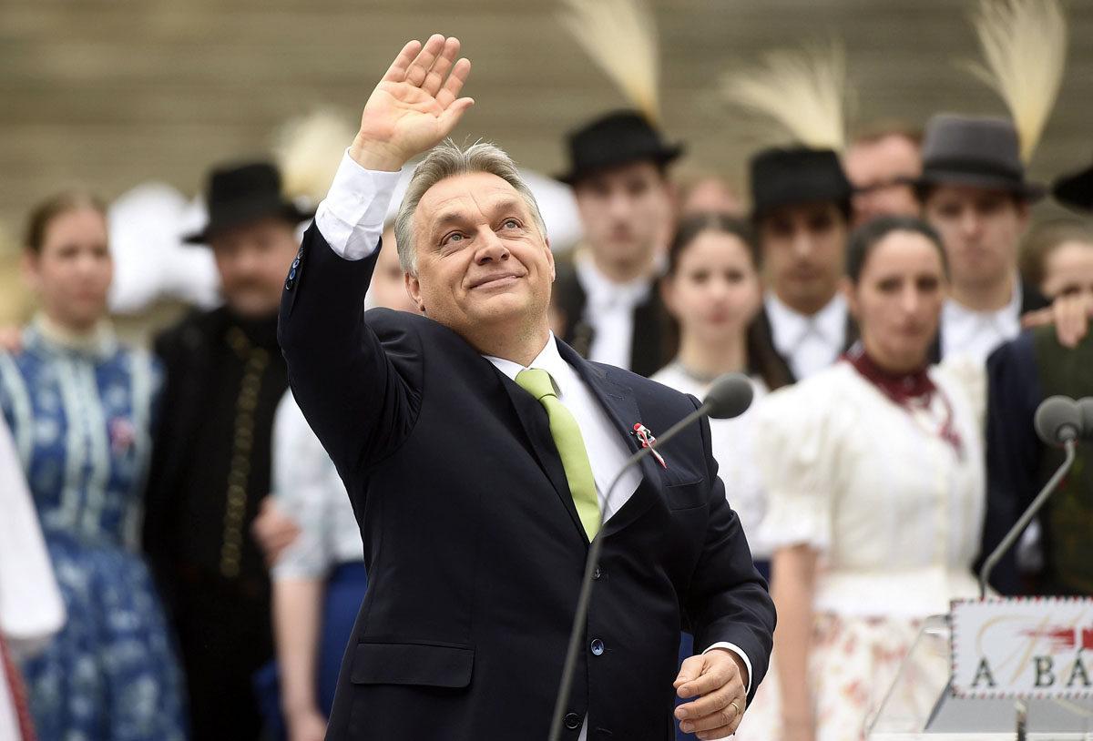Unkarin pääministeri Viktor Orbán puhui Budapestissa vuoden 1848 itsenäisyyssodan muistojuhlassa 15. maaliskuuta 2017.