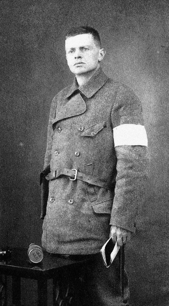 Martti Pihkala sisällissodan aikana.