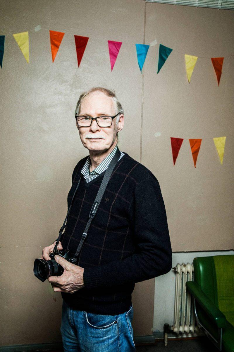 Teppo Saaren arki on vapaaehtoistyötä ja valokuvaamista.