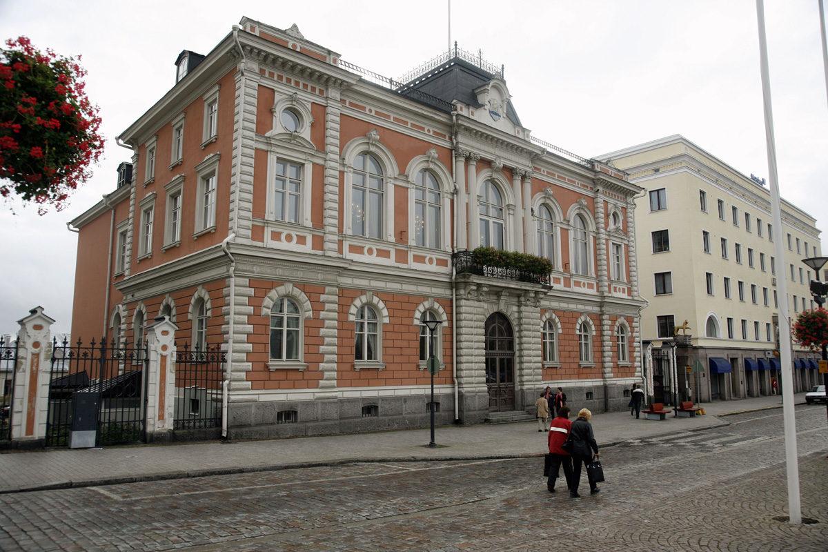 Hämeenlinnan valtuuston kokoukset pidetään Raatihuoneella.