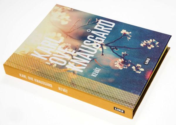Karl Ove Knausgård: Kevät. Suom. Jonna-Joskitt-Pöyry. 201 s. Like, 2017.