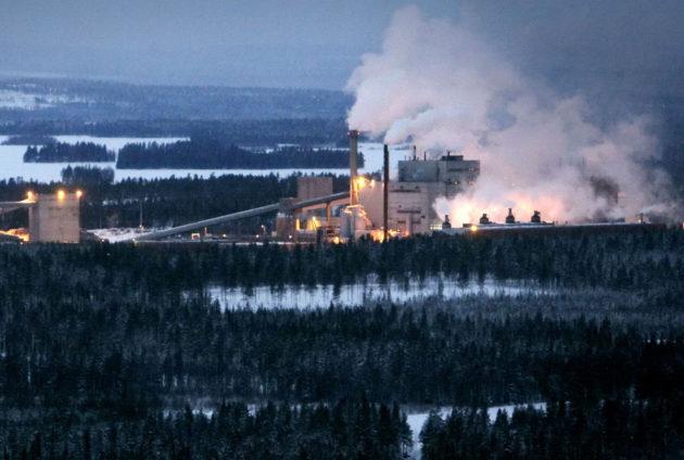 Kemijärven tehdas 24. tammikuuta 2008. Silloin kerrottiin, että tehtaan alueelle tulee konepaja- ja liimapuupalkkituotantoa.