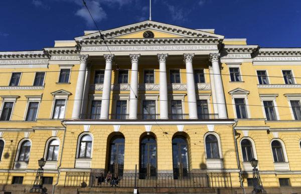 Valtioneuvostonlinna Helsingissä.