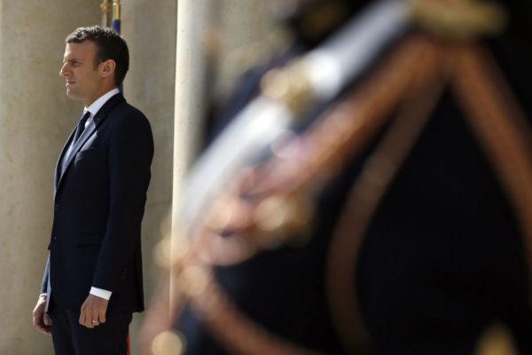 Ranskan presidentti Emmanuel Macron Élysée-palatsissa Pariisissa 12. kesäkuuta 2017.
