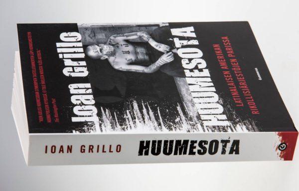Ioan Grillo: Huumesota. Suom. Heidi Tiherväinen ja Lauri Sallamo. 412 s. Gummerus, 2017.