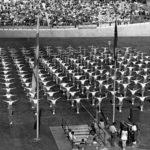 Työväen urheiluliitto juhli Helsingin Velodromilla vuonna 1948.