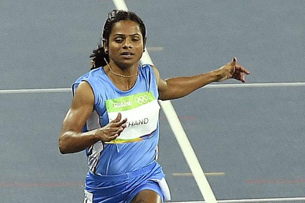 Intian Dutee Chand sadan metrin alkuerissä Rion olympialaisissa 2016.
