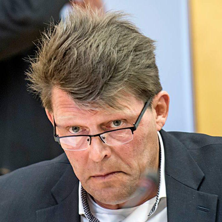 Pekka Rajala on Kittilän kunnanhallituksen puheenjohtaja syksystä 2016 ja Lapin keskustavaikuttaja.